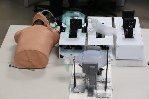 O PNEUMA é um sistema de compressão e descompressão automática de balão autoinsuflável.
